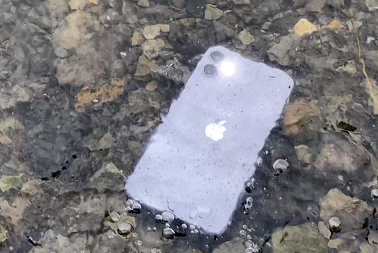 iPhone 11 тест водонепроницаемости