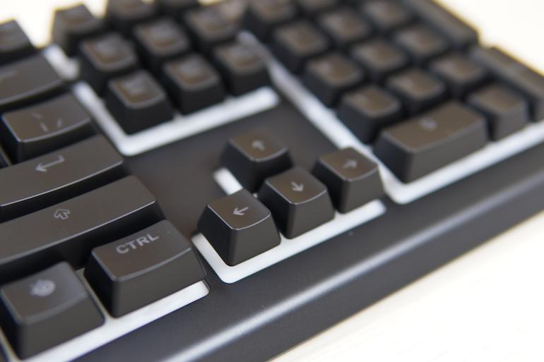 Игровая клавиатура SteelSeries Apex 3 с USB — всё как надо