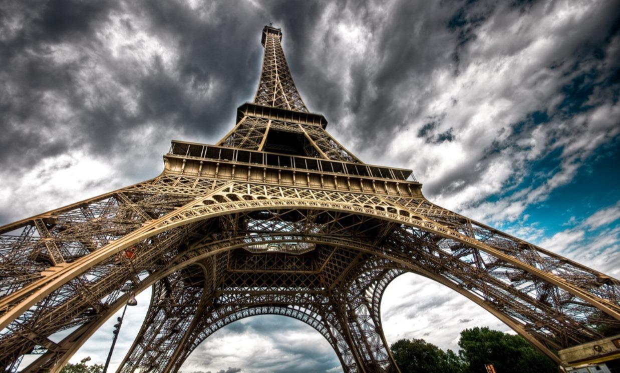 Основательные факты про Эйфелеву башню