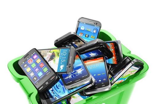 Что делать со старым смартфоном? Выбрасывать нельзя!