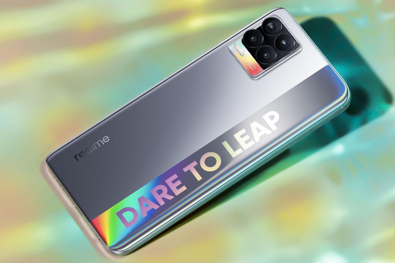 Представлены смартфоны Realme 8 Pro и Realme 8, а также наушники Realme Buds Air 2
