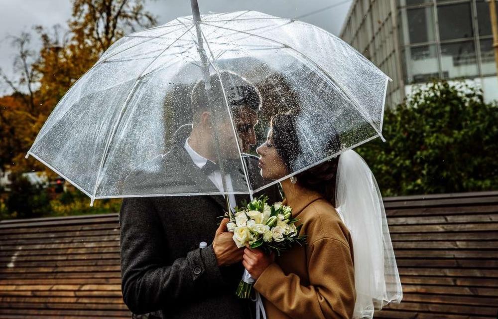 На что обратить внимание, выбирая зонт
